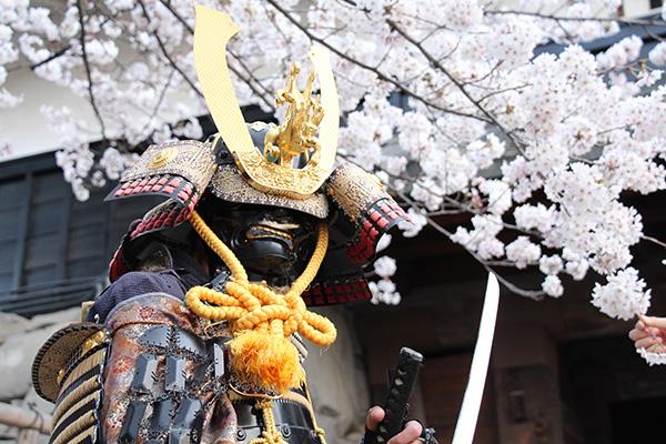 松本城おもてなし隊